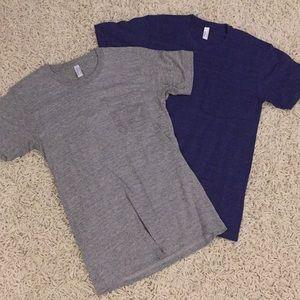 4/$15 - 2 Men's one pocket T's